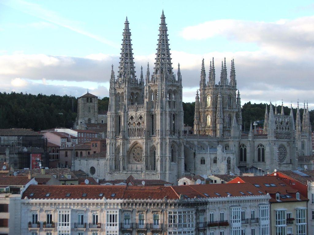 El patrimonio monumental de burgos atrae el turismo de for Oficina de turismo burgos