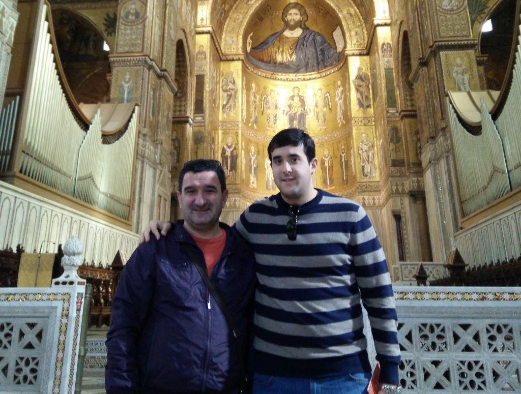 Óscar Moriana y Jesús Varga en una de las basílicas de Roma.