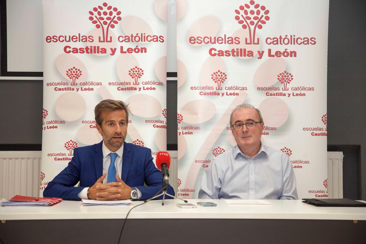 Javier Pérez de la Canal y Leandro Roldán, ayer en rueda de prensa.