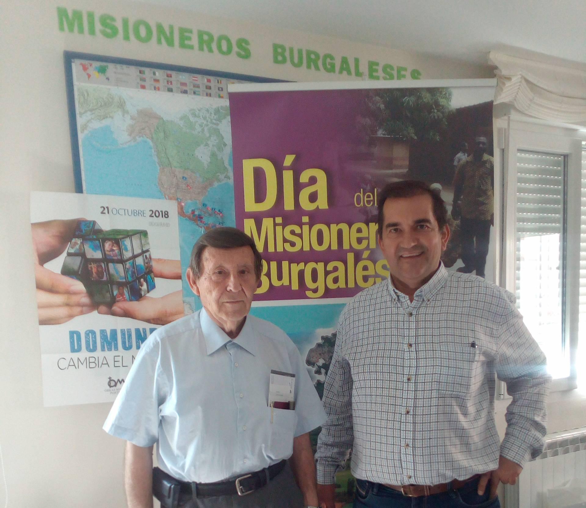 Jesús Bonachía (i) junto al delegado de Misiones en una reciente visita a Burgos.