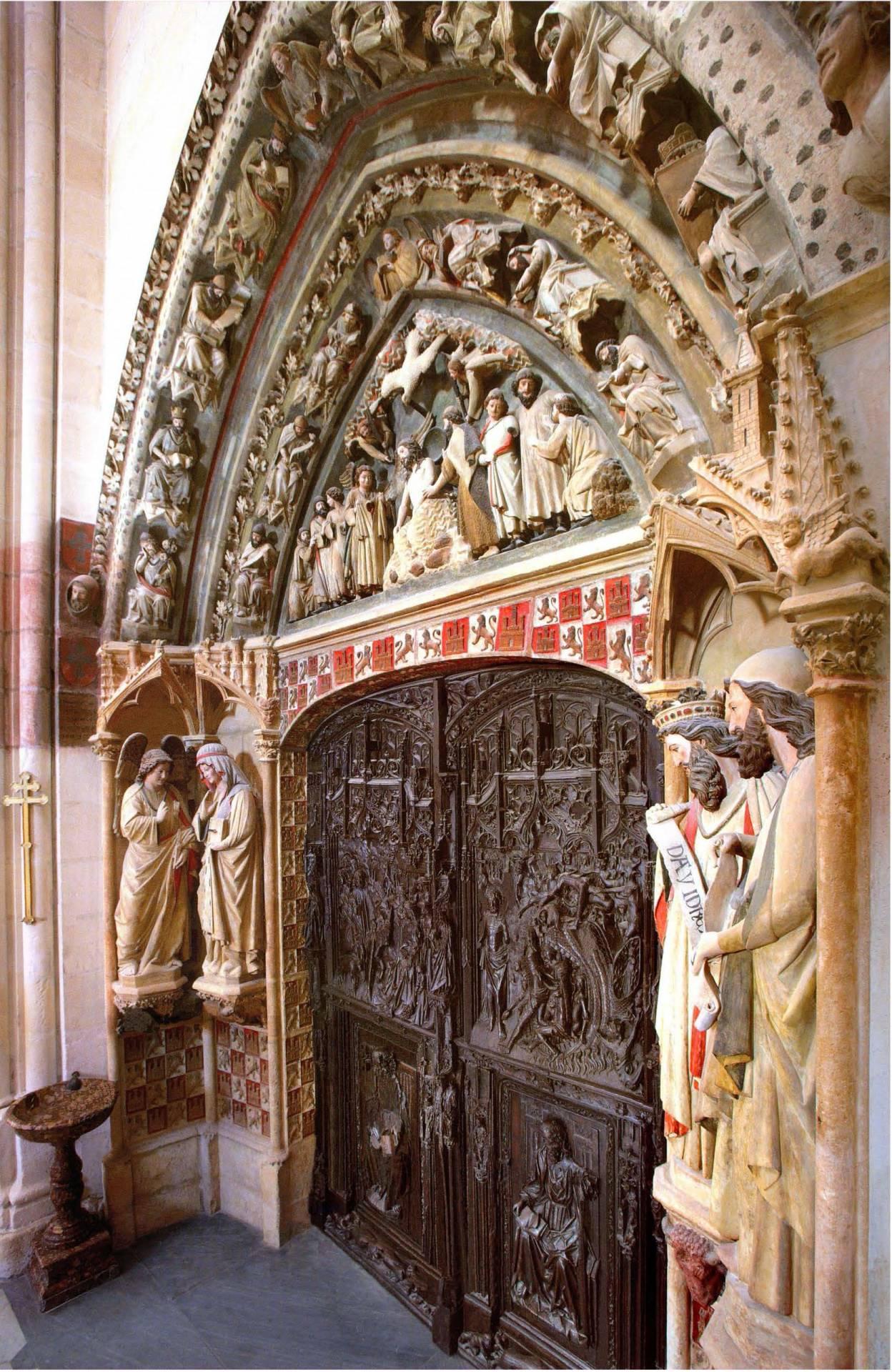 Puerta claustro