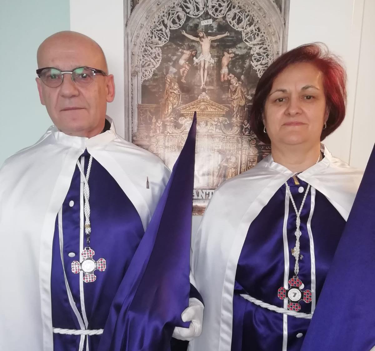 Santiago y Terestia pertenecen a la cofradía de las Siete Palabras desde 2007.