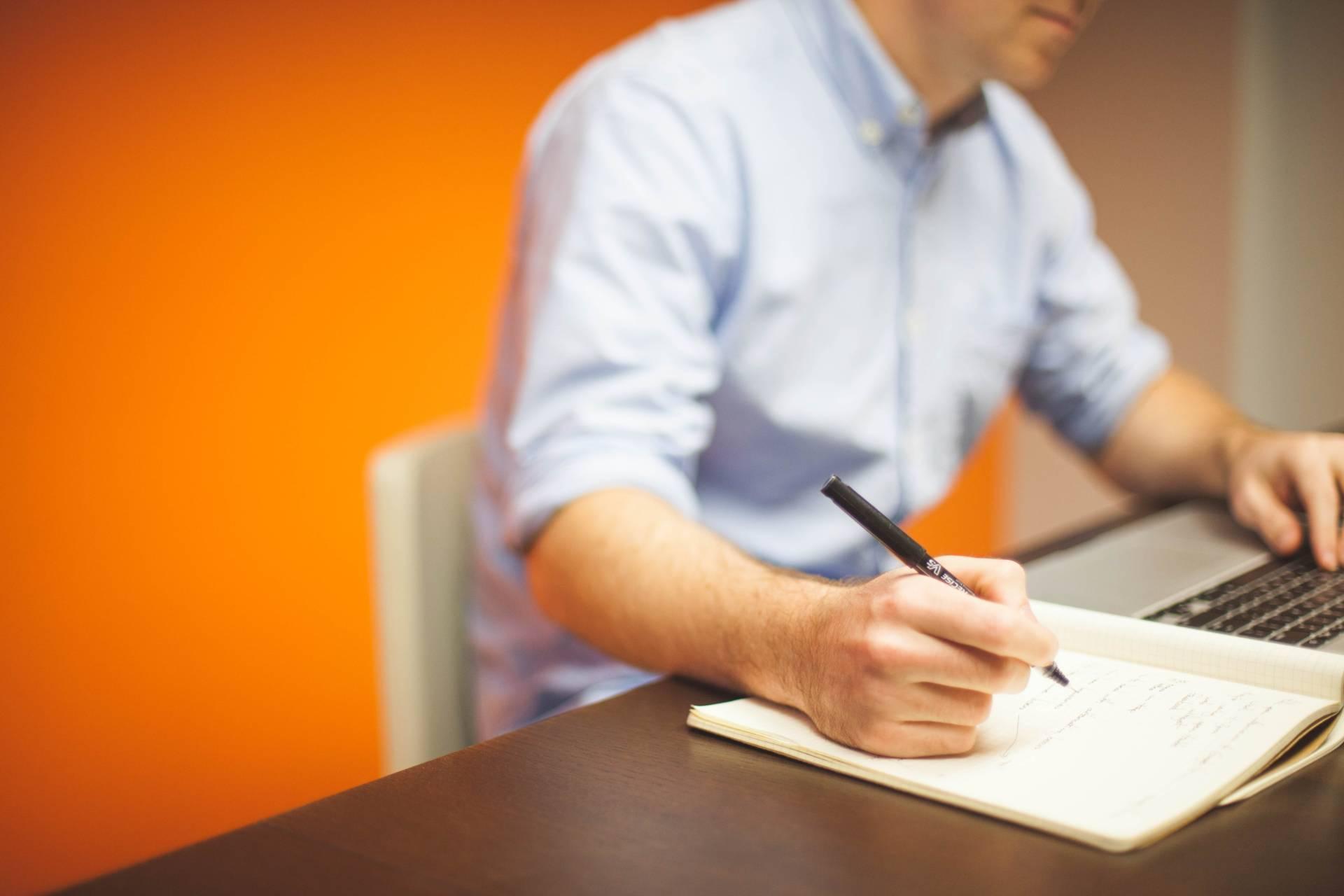 monitor online confinamiento