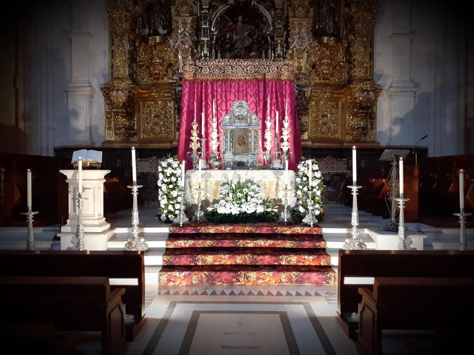 eucaristia jueves santo monumento